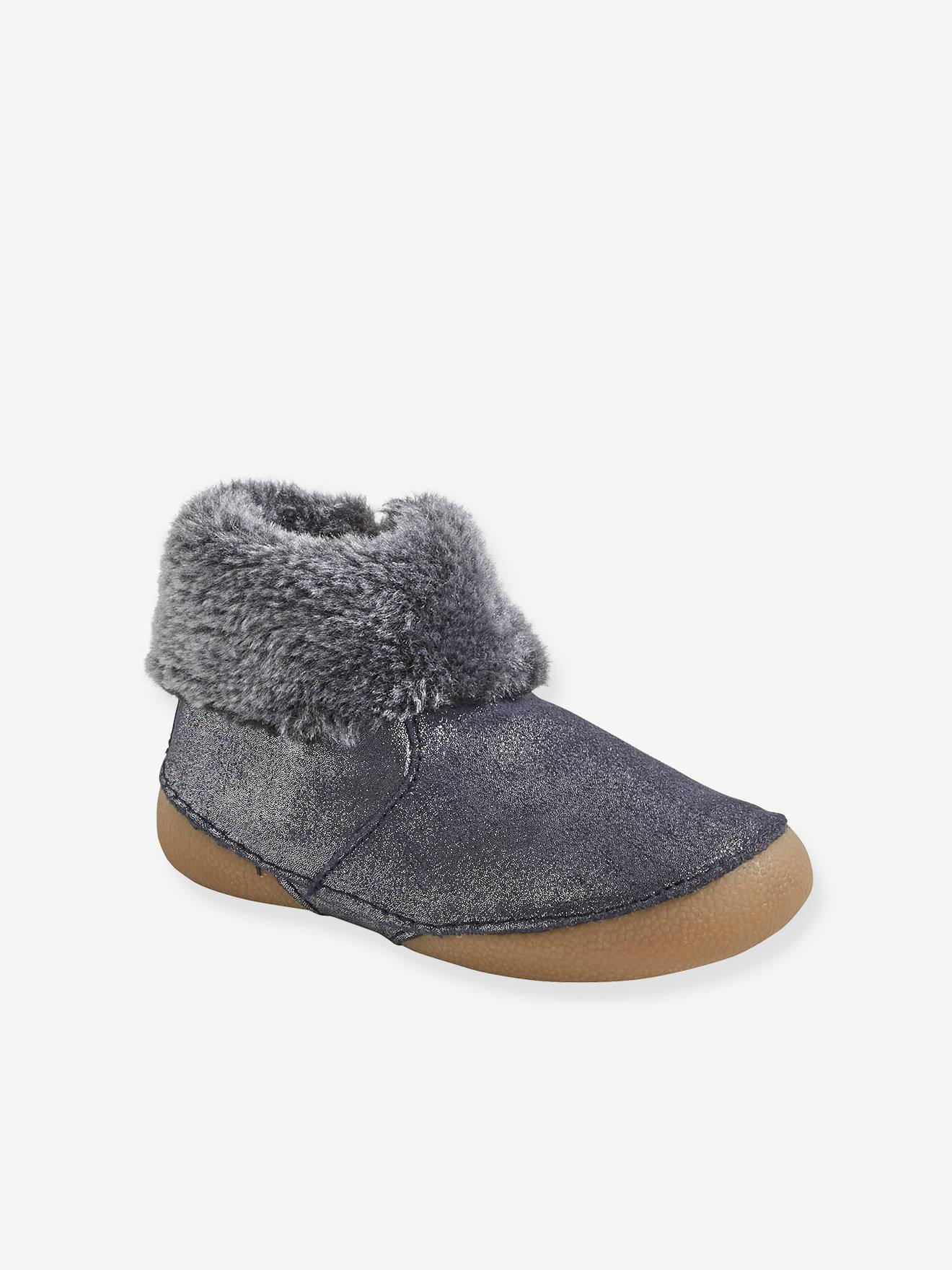 Soft Leather Pram Shoes with Faux Fur