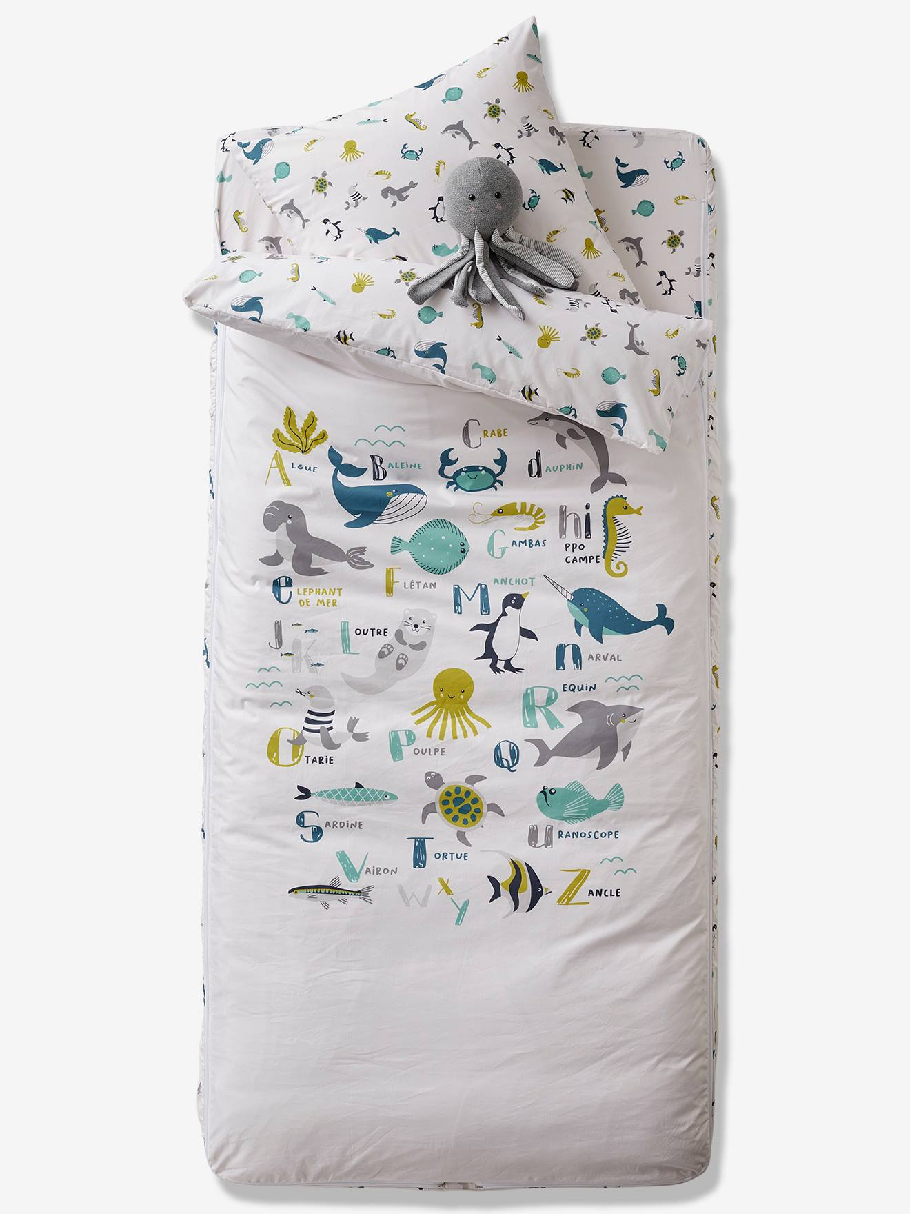 decorative play mat.htm  easy to tuck in  ready for bed set with duvet  abecedaire   easy to tuck in  ready for bed set