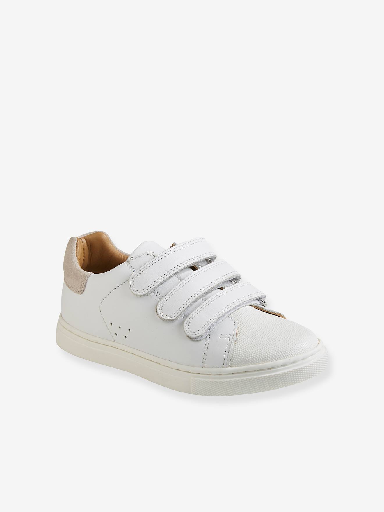 Close Tab for Boys - white light solid
