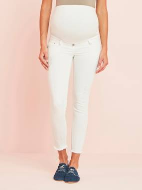 Maternity-Jeans-7/8 Maternity Slim Fit Jeans with Tears