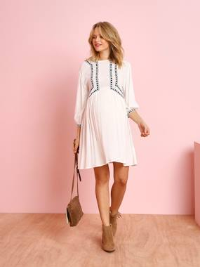Maternity-Dresses-Maternity Dress with Embroidered Front Panel